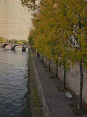 1073 Paris