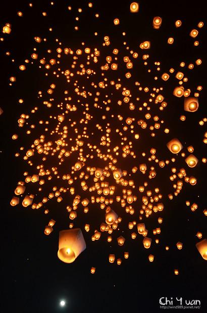 2012平溪天燈節-千燈26.jpg