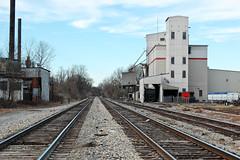 trains and plants (reallyboring) Tags: railroad industrial unitedstates tn memphis tennessee traintracks railroadtracks southmemphis