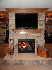 Tamarack Siena (Buechel Stone) Tags: stone fireplace hearth mantel naturalstone stonemasonry buildingstone stoneveneer thinveneer buechelstone fullveneer