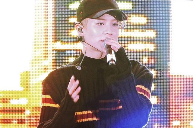 160507 Taemin @ Korea Times Music Festival en LA 26876841531_18d055496f_z