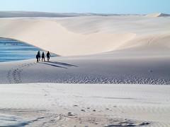 Lenis Maranhenses (felipe sahd) Tags: brasil pessoas maranho dunas lagoas barreirinhas lenismaranhenses flickrunitedaward flickrtravelaward