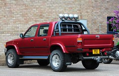 893 CXU (Nivek.Old.Gold) Tags: diesel cab 4wd pickup double toyota 1992 hilux 2770cc