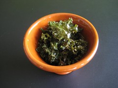 Oven-roasted kale with olive oil and spices (shashinjutsu) Tags: autumn food fall vegetable kale csa 2011 boerenkool