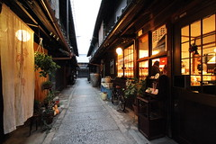 Alley (Teruhide Tomori) Tags: old light house classic japan evening alley kyoto traditional   narrow machiya  nishijin
