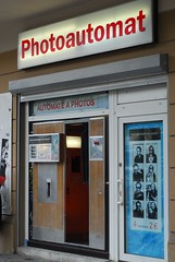 Photoautomat, Schönhauser Allee, Berlin (Forest Pines) Tags: berlin germany deutschland photobooth prenzlberg prenzlauerberg schönhauserallee fotoautomat photoautomat