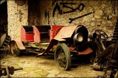 Forgotten (Serlunar (tks for 6.0 million views)) Tags: old brazil car paraty flickr photos fotos carro velho antigo flickrduel serlunar