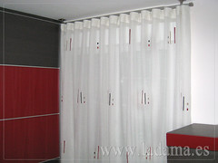 "Cortinas Modernas en La Dama Decoración • <a style=""font-size:0.8em;"" href=""http://www.flickr.com/photos/67662386@N08/6501457783/"" target=""_blank"">View on Flickr</a>"
