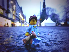 Sleep walker (R D L) Tags: street man edinburgh lego teddy sleepy princes series6 minifgures