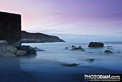 ESPIGN DE NAVIA (Navia, Asturias 2011) (Damin Iglesias Prez | PHOTODMN.com) Tags: sea lighthouse beach water faro mar agua nikon long exposure asturias playa rocas exposicion navia larga cantabrico d80