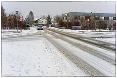 Winterliche Bedingungen 2 (Helmut Reichelt) Tags: leica schnee germany deutschland bavaria oberbayern verkehr m9 strase wolfratshausen colorefexpro voigtlandernokton35mmf14sc