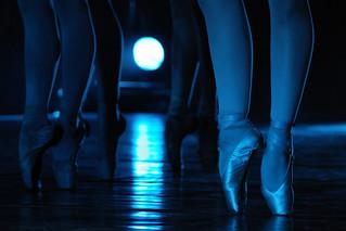 Feet on dance
