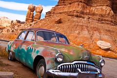 1949 Buick (Mi Bob) Tags: utah buick monumentvalley bluffutah 1949buick rustycarsarizonamonumentvalleysnowutah