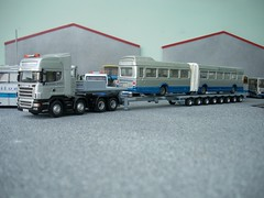 We sure Scan handle it! (quicksilver coaches) Tags: model quicksilver breakdown oo recovery scania diecast wrecker 176 topline lowloader code3 nooteboom oxforddiecast r730