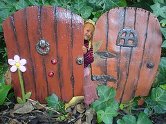 DSC03479 (fairydoors) Tags: woodland garden doors magic pixie elf fairy fantasy troll mystical fairies fae pixieish