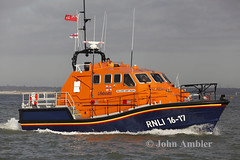 RNLI LIFEBOAT 16-17 (John Ambler) Tags: sign river call williams albert class lifeboat medina alfred cowes tamar bembridge rnli mmsi rnlb 1617the mvqd6 235050723