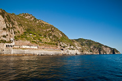 Beautiful Italy (webeagle12) Tags: ocean park sea vacation italy house bay harbor boat nikon europe riviera italia village liguria cliffs national tiny terre mm nikkor manarola cinque ligurian d90 1685 thefivelands