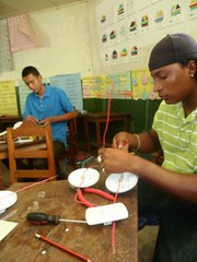 Education for Success Short Vocational Courses 2012: Domestic Electricity 4 (FADCANIC) Tags: nicaragua williamscollege lagunadeperlas saih unanlen fadcanic pearllagoonacademyofexcellence indigenousandafrodescendents