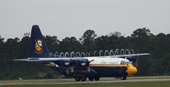 NAS_Oceana_2009-049 (jebigler) Tags: virginia unitedstates blurred airshow frame virginiabeach blueangels airshows highquality unnamedroad nasoceana2009 airshowphotobook