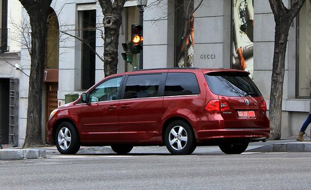 volkswagen se routan 20112012