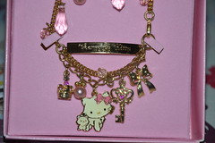 Bracelet Charmmy Kitty and Sugar (Girly Toys) Tags: charmmy kitty sugar sanrio chat cat collection bracelet missliliedolly miss lilie dolly aurelmistinguette girly toys collectible girlytoys