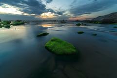 Green on blue (Alfredo.Ruiz) Tags: canon atardecer playa bizkaia barrika 14mm samyang eos6d