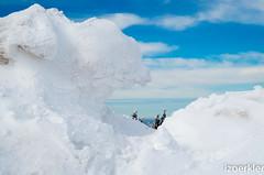 Schneefenster am Brocken (izoerkler) Tags: blue schnee winter sky mountain snow k pentax himmel brocken 50 ricoh harz draussen k50 sachsenanhalt pentaxlens