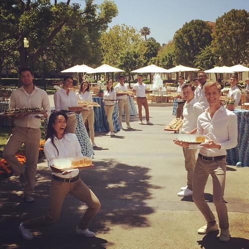 A fun Sunday w/ this bunch & @thefoodmatters! #TheLeftoversFYC #sunshine #events #eventlife #staffing #servers #bartenders #girlboss #instapic #thefoodmatters #sundayfunday #200ProofLA #200Proof