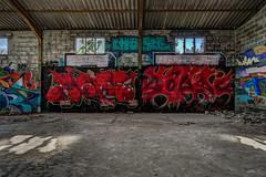 Usine abandonne (gilles_t75) Tags: france gillest hdr nikkor1024mmf3545 nikon bracketing highdynamicrange photohdr photomatix tonemapping d7200 urbex usineabandonne explorationurbaine tag graffiti