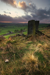 Royd Moor Sunset (andy_AHG) Tags: autumn sunset rural outdoors rocks peakdistrict scenic moors pennines britishcountryside northernengland landscapephotography beautifullandscapes roydmoor highbanklane thurlstonemillhousegreen