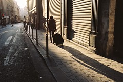 Chasing the Sun (Airicsson) Tags: street leica urban paris analog 35mm vintage summicron m6