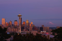 Seattle (Matt Kawashima) Tags: seattle park sunset urban mt purple kerry mount rainier pacificnorthwest spaceneedle kerrypark mtrainier washinton seattlewashington
