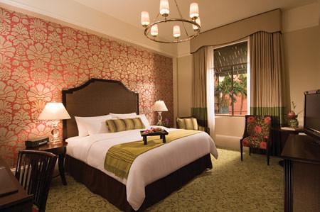ホノルルツアーの宿泊ホテル(ザ ロイヤル ハワイアン)