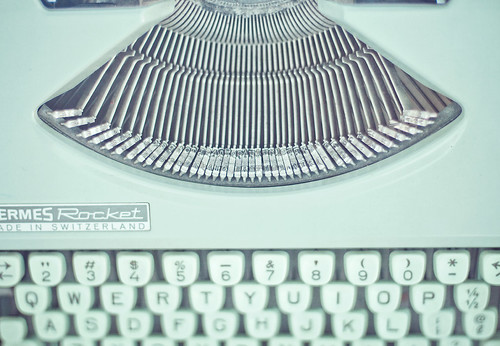 Mint Green Typewriter / JoyHey