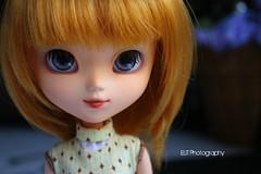 Custom Work for Tunga (Elisabet Threepwood (so busy)) Tags: orange cup girl face make up angel work eyes gate doll dolls sweet body lips wig ag groove liv pullip custom naranja elisabet acrilyc tunga elit trheepwood