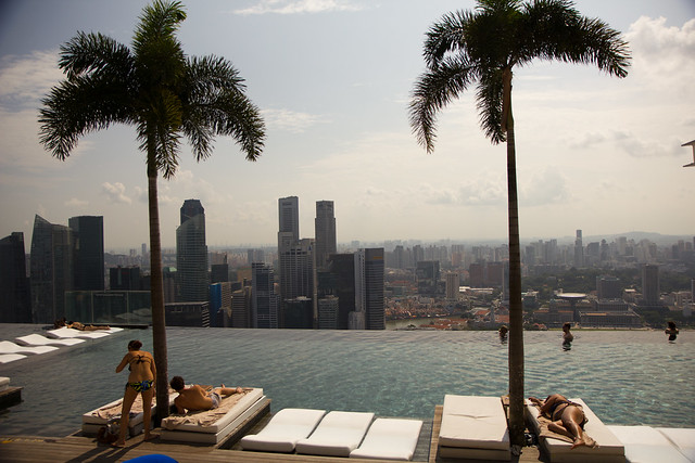 Infinity Pool at MARINA BAY SANDS HOTEL - Singapore-5795