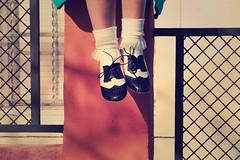 (Cierzo Macareu) Tags: feet shoes fishnet zapatos pies mago pieds pé makingof schuhe 脚 cortometraje piedi scarpe chaussures sapatos peus 靴 sabates נעליים jalat oinak רגליים oinetakoak قدم 鞋 πόδια fotofija أحذية 구두 ŝuoj tossut παπούτσια обувь 피트 vanvelvet picioareフィート