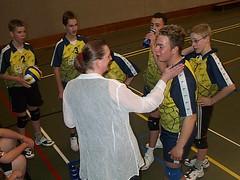 2003 JB1.Trainster Brigit Roerdinkholder prijst de inzet