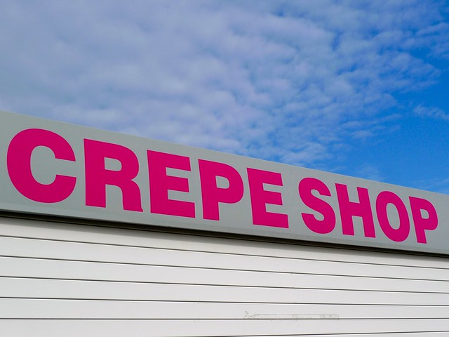 CREPE SHOP SIGN
