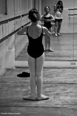 backstage (@Lizette Salazar Guedes) Tags: summer ballet girl canon photo ballerina flickr foto dancing flor dreaming nia verano practice backstage hermosa vacations vacaciones panam bailando beautifull bailarina fotografiando soando atrasdecamaras