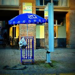 20 minutes (japanese forms) Tags: blue urban azul square lomo lomography bleu parasol squareformat blau fonts niebieski azur typeface lomographics lomographic 20minutes fontsinuse sonynex5 japaneseforms2012
