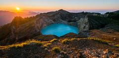 Sunrise. Kelimutu (Laura Jacobsen) Tags: flores sunrise indonesia landscape volcano crater craterlake kelimutu gunungapi