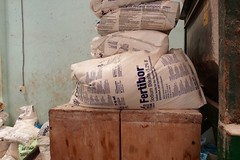May2016 OMD 446 (greatquest) Tags: fertilizer mali sodium boron borate