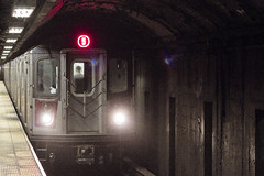 r_160528041_beat0033_a (Mitch Waxman) Tags: newyorkcity newyork subway manhattan 59thstreet 5line