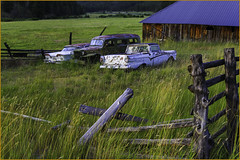Redneck Parking Lot (wallawallaswede) Tags: paintedhills condon smithrock cascadelakes