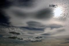 Serie Ciel (arnomade) Tags: sky cloud france dijon 21 ciel nuage cirrus cumulushumilis nuagessuprieurs lacunosusla
