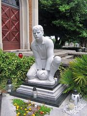 Young athlete's grave, cemetery at Piran, Slovenia (Paul McClure DC) Tags: sculpture coast historic slovenia piran slovenija adriatic istria istra primorska pirano june2010