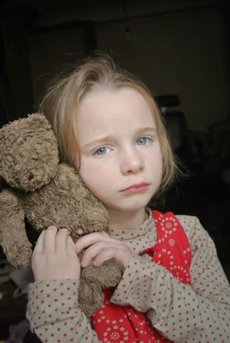 Anna met een beer