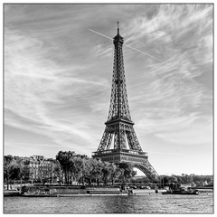 Classic Lady of Paris #2 (www.fromentinjulien.fr) Tags: city morning light bw white black paris france tower history monument seine architecture photoshop pose dark square french effects long noir tour minolta sony capital august eiffel nb pisa 20mm capitale 20 alpha towns bianco blanc nero postproduction hdr sal aout masterpiece francais citt carr lightroom lunga estoria historique effets parisien hudge a850 ciuda fromus colocacin traitements dslra850 alpha850 fromus75