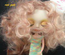 Lisette in curls